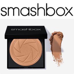 Smashbox bronze light ( Warm Matte )